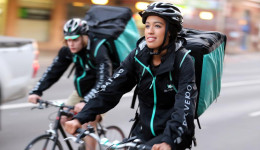 Get Paid £16 Per Hour With Deliveroo