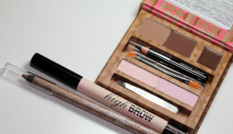 Free Benefit Brow Kit