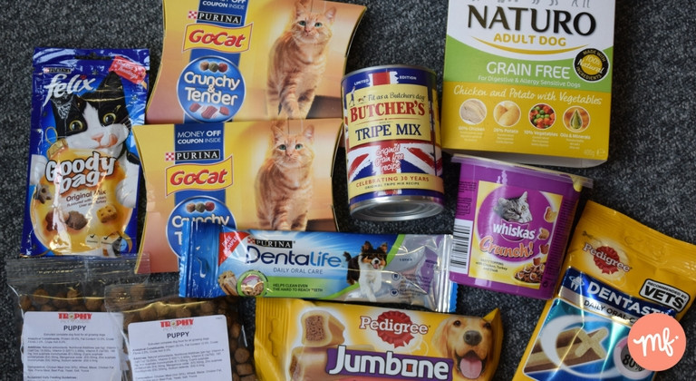 Selection of free stuff for pets, including free cat nibbles, free dog food and free denta sticks